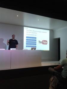 Sergio Falcón en Google AdWords Academies, vía @DilmerAlvarado