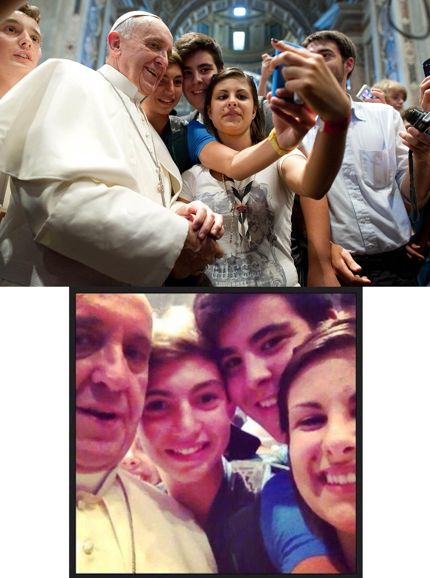 Selfie Papa Francisco I